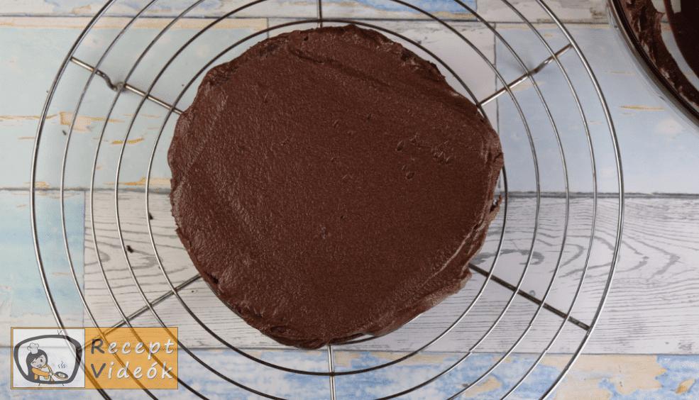 Csokoládétorta (csokitorta) recept elkészítése 10. lépés