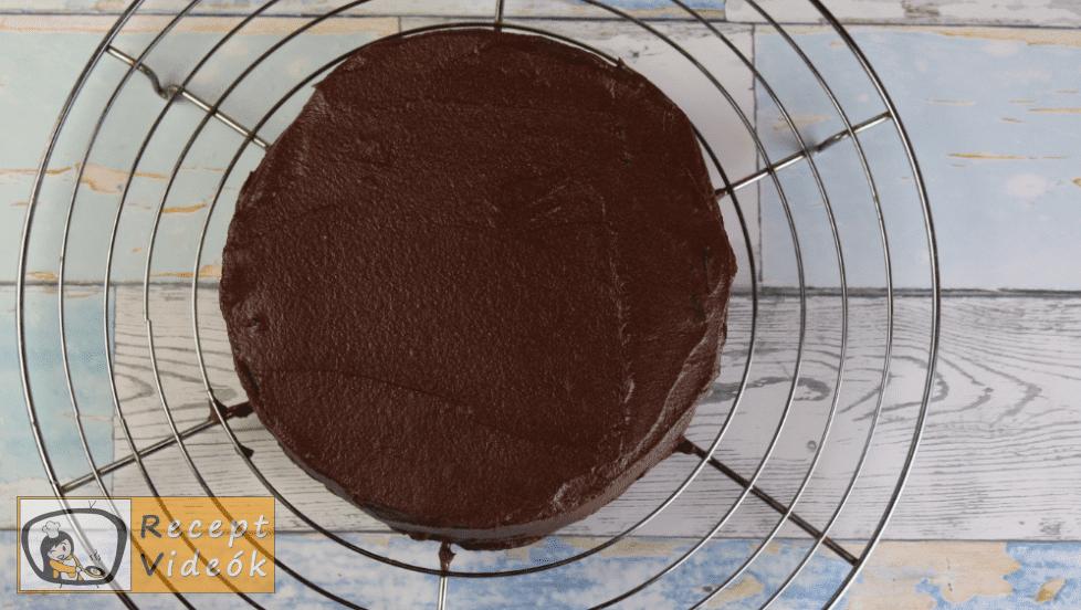 Csokoládétorta (csokitorta) recept elkészítése 11. lépés
