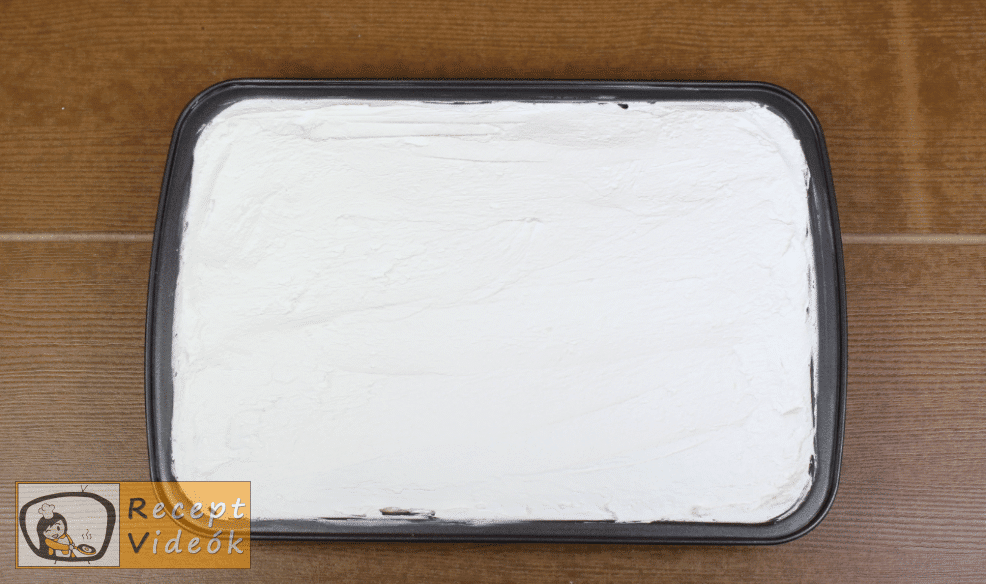 Meggyes szelet (sütés nélkül) recept elkészítése 12. lépés
