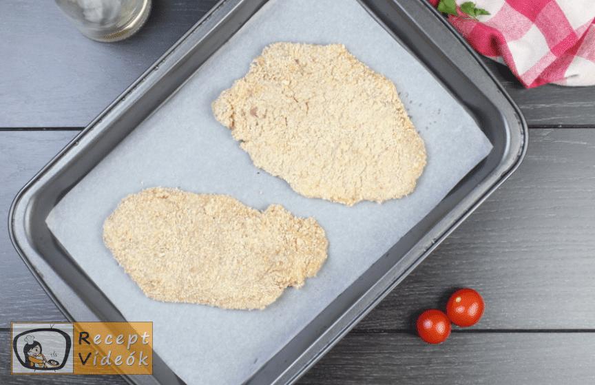 sütőben sült rántott hús recept elkészítése 3. lépés