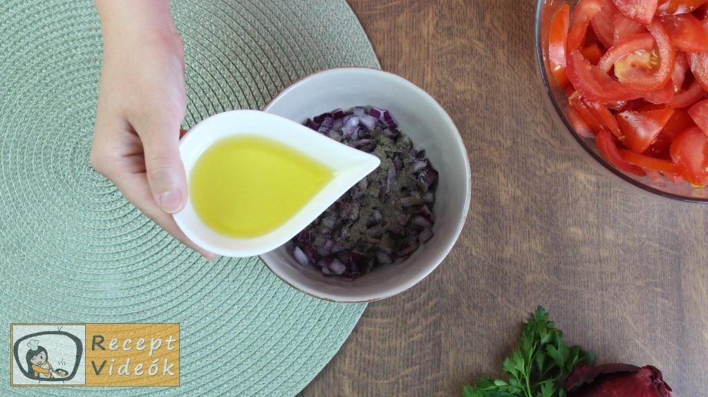 Paradicsomsaláta recept, paradicsomsaláta elkészítése 2. lépés