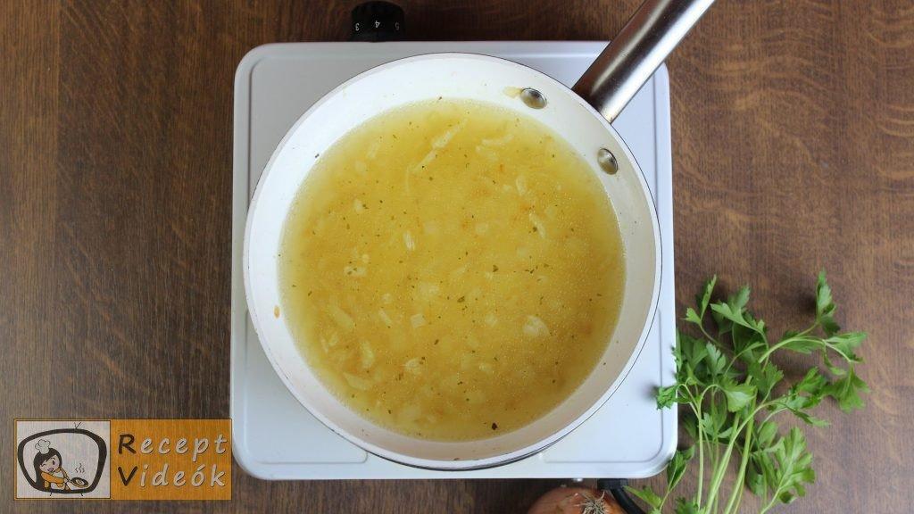 krumplisaláta recept, krumplisaláta elkészítése 2. lépés