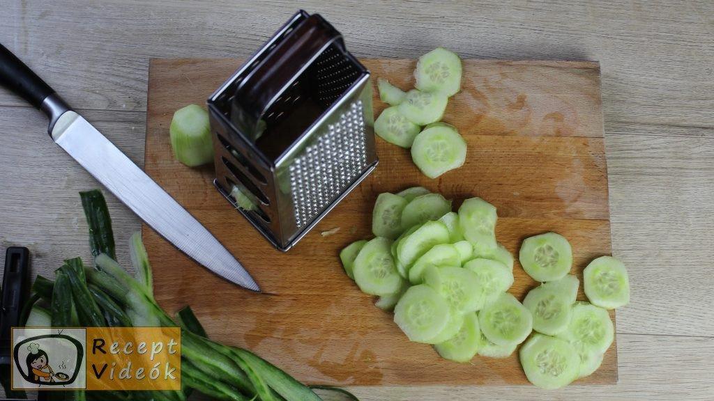 uborkasaláta recept, uborkasaláta elkészítése 1. lépés