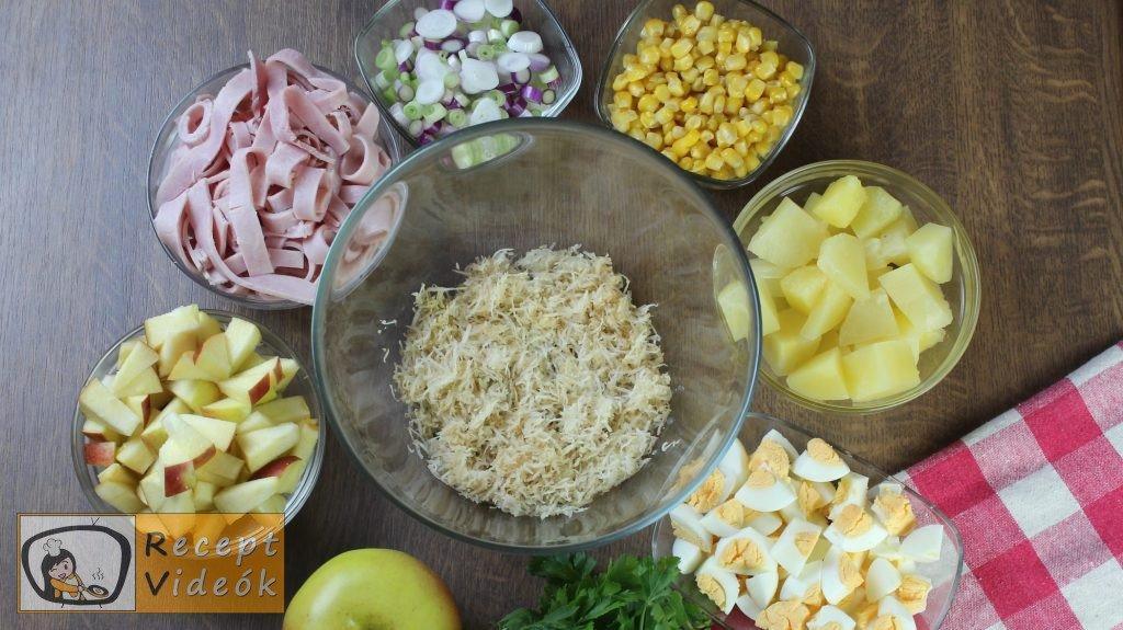 réteges saláta recept, réteges saláta elkészítése 2. lépés