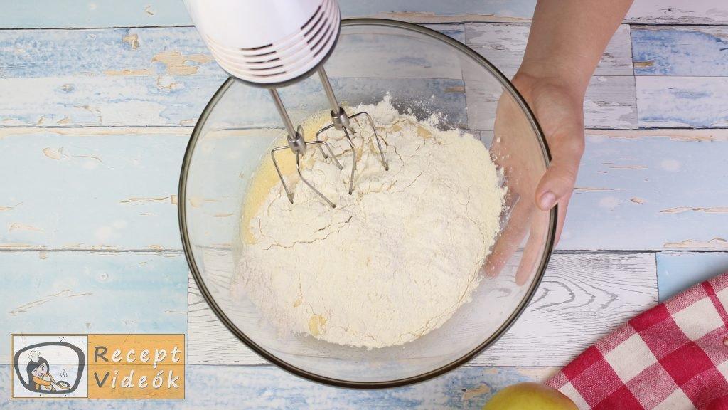 lapos almás pite recept, lapos almás pite elkészítése 2. lépés
