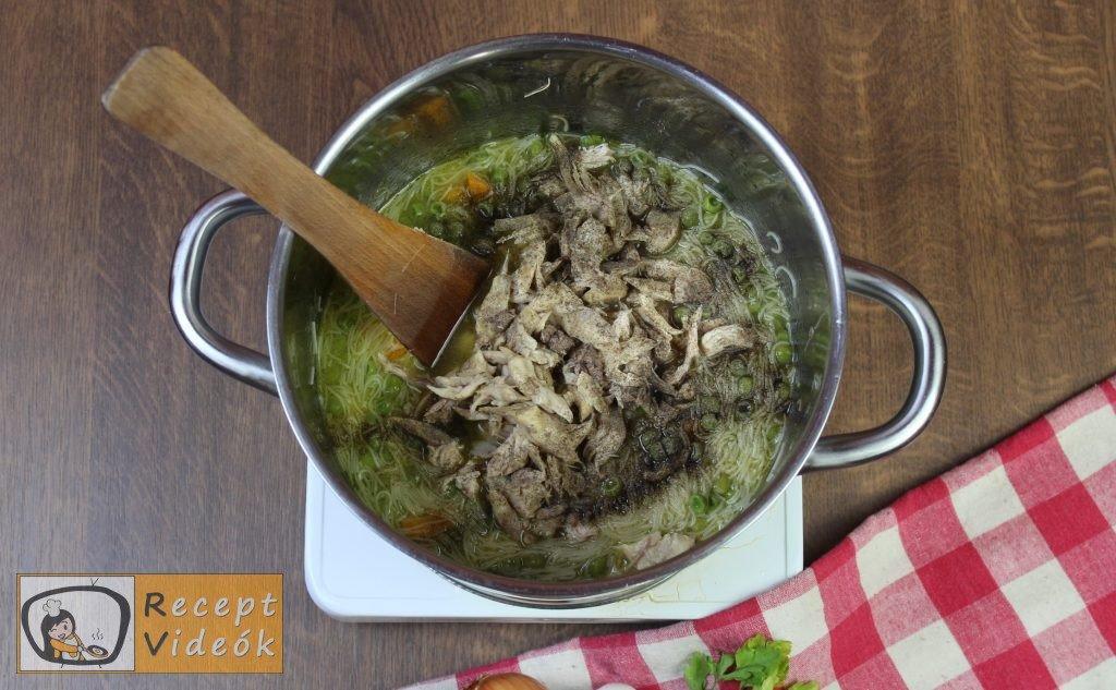 csirkeleves recept, csirkeleves elkészítése 5. lépés