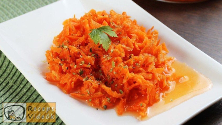 Édes sárgarépa saláta