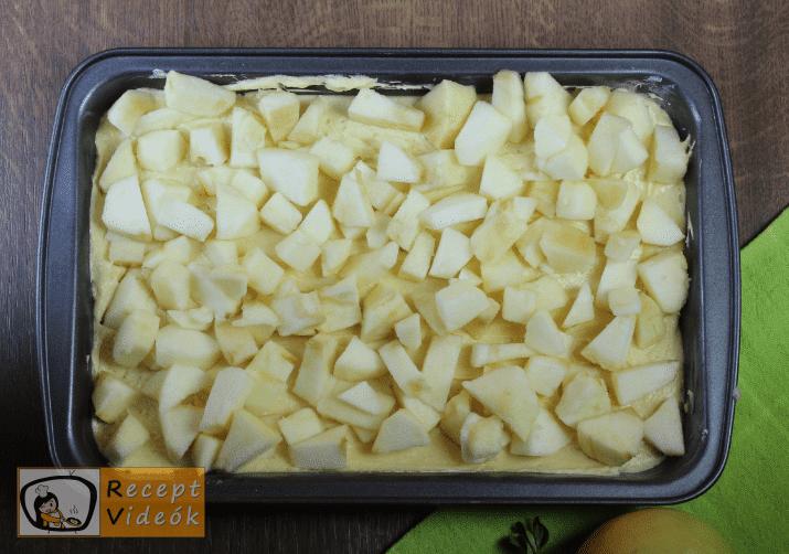 Morzsás almatorta recept, morzsás almatorta elkészése 4. lépés