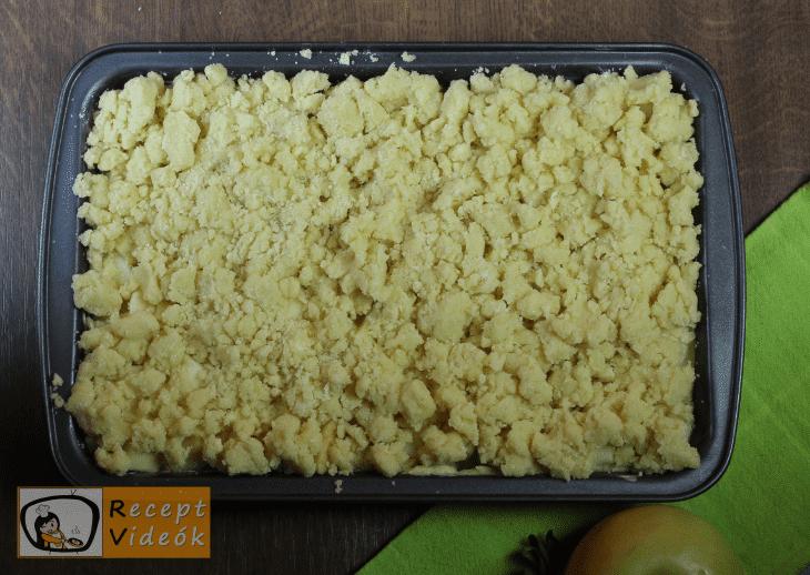 Morzsás almatorta recept, morzsás almatorta elkészése 6. lépés