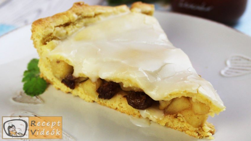 Fedett almás pite