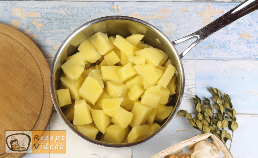 Vajas krumplipüré recept, vajas krumplipüré elkészítése 2. lépés