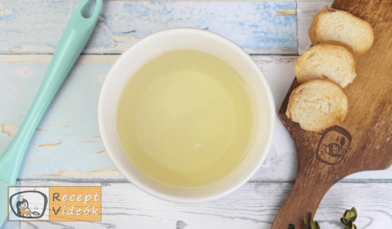 Sajtfondü (fondue) recept, sajtfondü (fondue) elkészítése 1. lépés