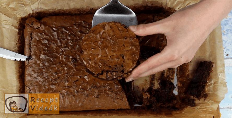 Olvadó csokigömb recept, Olvadó csokigömb elkészítése 2. lépés