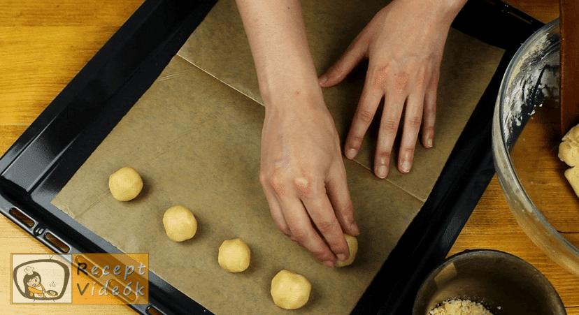 Ujjlenyomat süti recept, Ujjlenyomat süti elkészítése 3. lépés