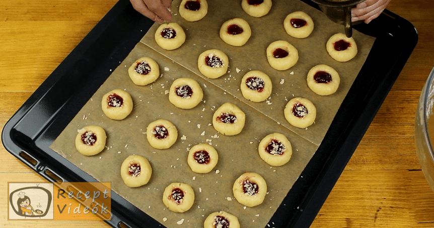 Ujjlenyomat süti recept, Ujjlenyomat süti elkészítése 6. lépés