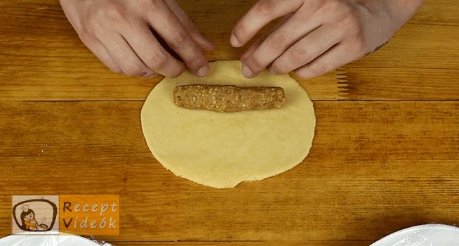 Pozsonyi kifli recept, Pozsonyi kifli elkészítése 10. lépés