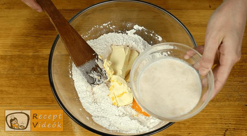 Pozsonyi kifli recept, Pozsonyi kifli elkészítése 3. lépés