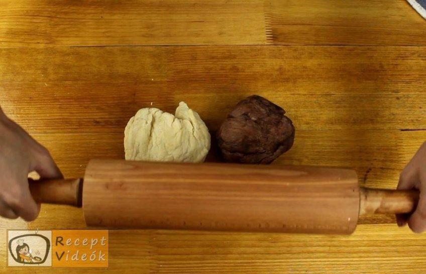 Csíkos kalács recept, Csíkos kalács elkészítése 4. lépés