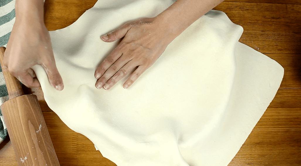 Szőlős mascarpone torta recept, Szőlős mascarpone torta elkészítése 2. lépés