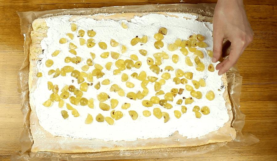 Szőlős-mákos tekercs recept, Szőlős-mákos recept elkészítése 11. lépés
