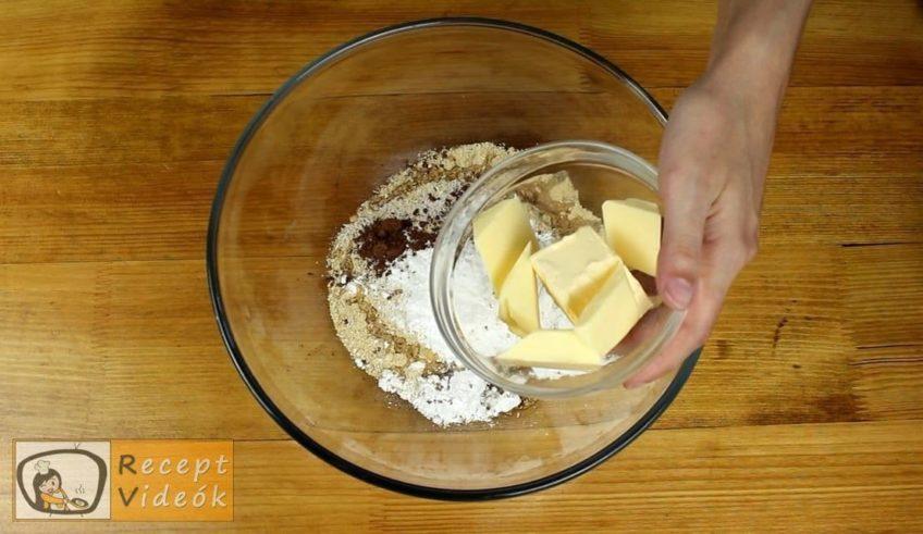 Gesztenyés keksztekercs recept, Gesztenyés keksztekercs elkészítése 1. lépés