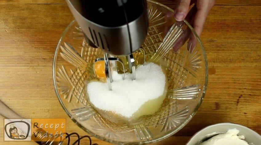 Karamellás sajttorta recept, Karamellás sajttorta készítése 3. lépés