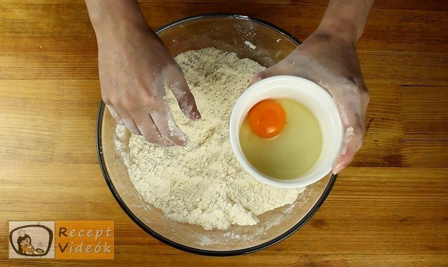 Engadini diótorta recept, Engadini diótorta elkészítése 4. lépés