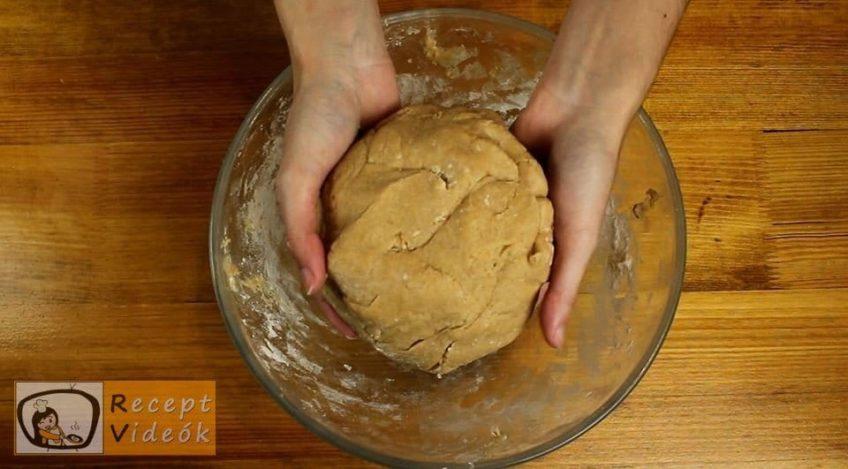 Fahéjas-mézes szelet recept, Fahéjas-mézes szelet elkészítése 3. lépés